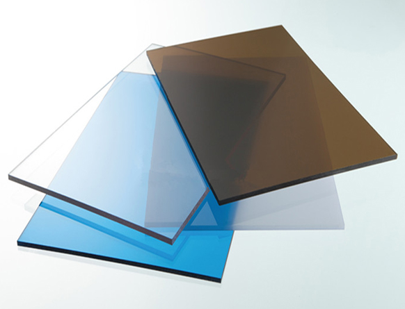 Tấm nhựa polycarbonate lợp mái lấy sáng dạng đặc ruột